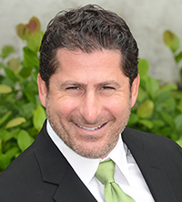 Dr. Weinberg at Weinberg Dentistry near Jupiter